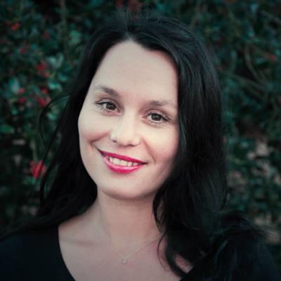 Dana Smidkova, baliemedewerkster