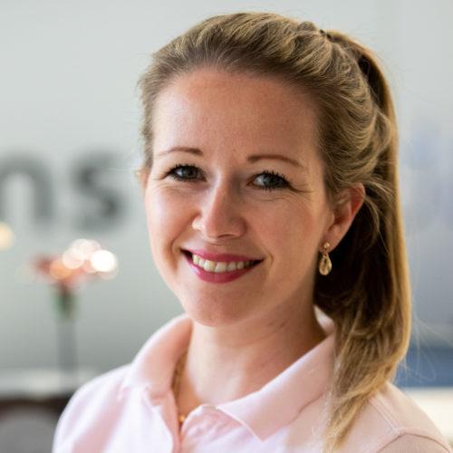 Petra van Bostelen-Caisova, preventieassistente de schans tandartsen